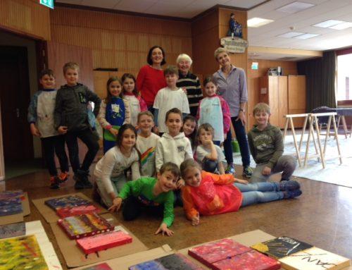 """Workshop im GeorgScholzHaus Kunstforum  zum Thema """"Holz und Farbe"""""""